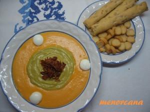 Un nuevo reto en MR. en esta ocasión los ingredientes son: Huevos de codorniz Tomate Guisantes Queso Pan Sumando todo y alguna cosilla más… aquí teneis el resultado
