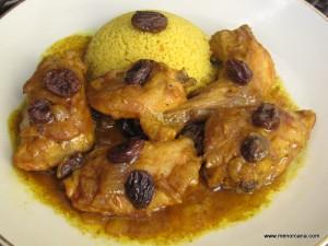 El Ras el Hanout es una mezcla de hierbas y especias (entre 4 y 30) cuyo origen está en la cocina marroquí aunque es empleada en otros países del Magreb. No existe una receta única del ras el hanout, cada vendedor o cocinero lo elabora de una forma especial que le caracteriza. Se sabe que […]