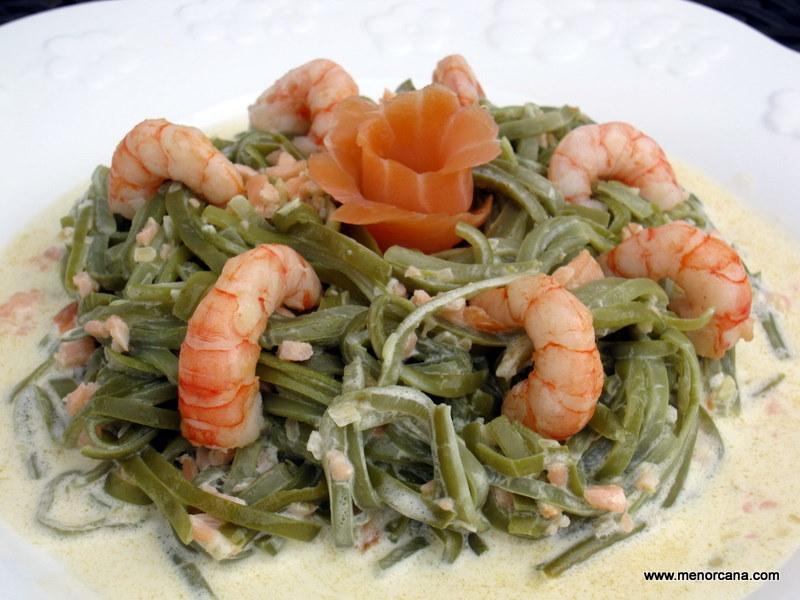 Tallarines de judias verdes con salm n y gambas ana en for Cocinar judias verdes