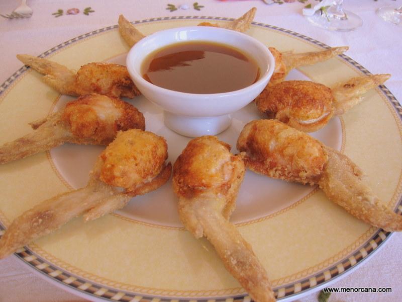 Alitas de pollo rellenas