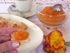 Menorca puede presumir de una gran variedad de repostería típica y tradicional. Es habitual encontrar dulces con diferentes rellenos de confituras o mermeladas como el figat (mermelada de higos), codonyat (dulce de membrillo), pasta de boniato, cabello de angel o la mermelada de calabaza y manzana, a la que yo he añadido el zumo y […]