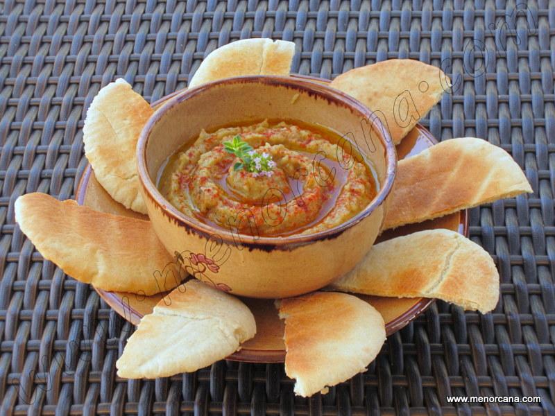 Crema de berenjena (baba ghanoush)