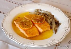 El salmón admite múltiples preparaciones culinarias. Su carne es firme y sabrosa, pero a la vez delicada y agradable en la boca, debido a su contenido de grasa. Para poder disfrutar al máximo de la exquisita textura, jugosa carne y delicado sabor del salmón, sólo hay un secreto, no hacerlo demasiado. Esta receta es muy […]