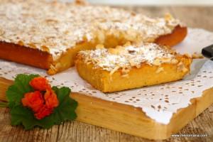 """El puding es una de las recetas que quedaron en Menorca después de la influencia Británica. Conocido también como """"greixera dolça"""" es un dulce típico en cualquier época del año y según las estaciones se pueden hacer con… ensaimada, pan, requesón, calabaza, patata, boniato, incluyendo en su elaboración la almendra molida si se desea."""
