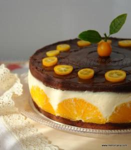 Las naranjas, por su agradable sabor y a sus propiedades refrescantes, constituyen una de las principales frutas de mesa, es fácil encontrarlas durante todo el año gracias a las distintas variedades que tenemos a nuestro alcance. Aprovechando que ahora es la mejor época para disfrutar de esta fruta, os propongo esta fresca y deliciosa tarta […]
