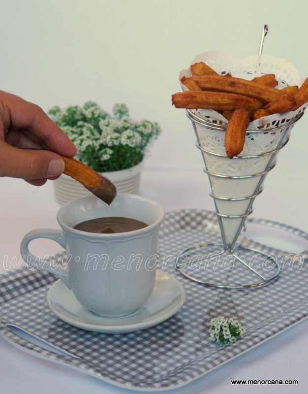 falso chocolate con churros