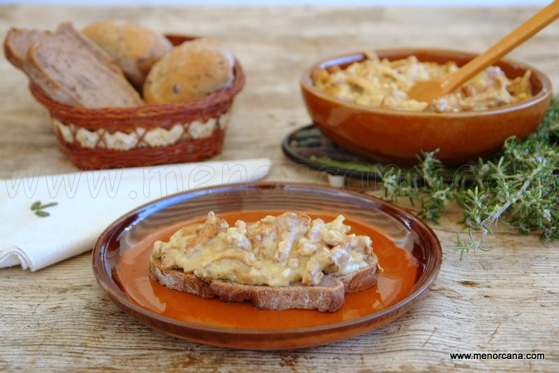 Rebozuelos con crema de queso