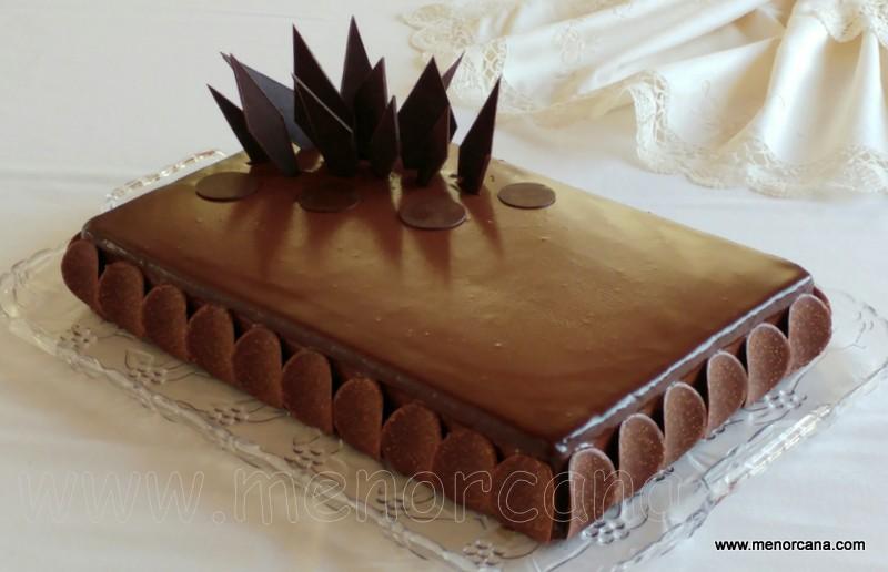 Tarta de chocolate con mousse de nutella