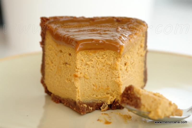 Interior de la tarta de queso con dulce de leche