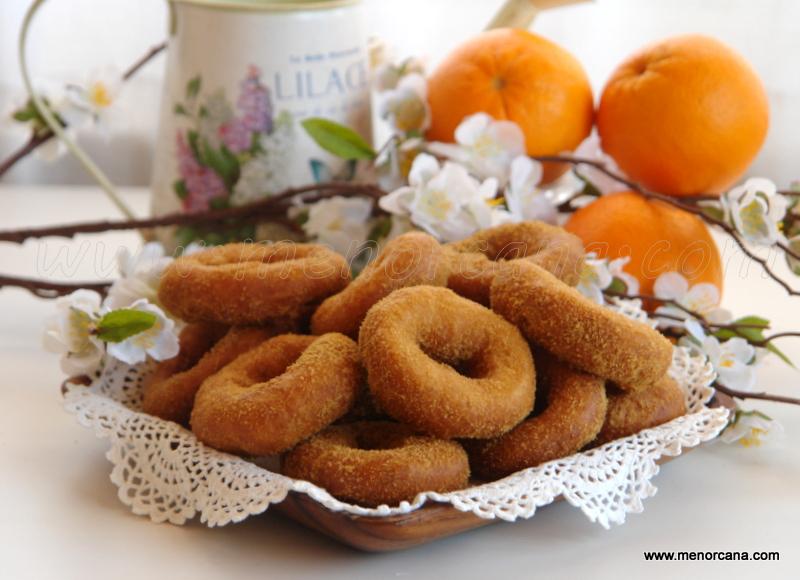 Rosquillas de naranja fritas