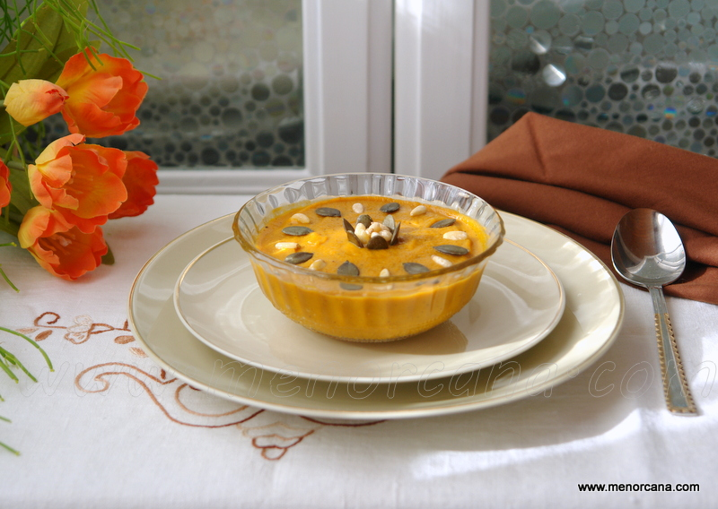 Crema de calabaza asada en el horno con curry