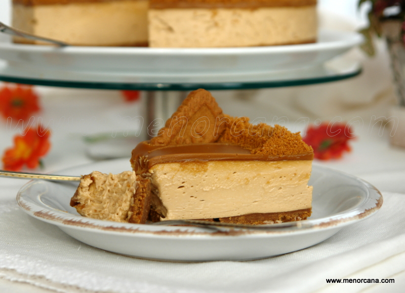 Tarta mousse de galletas Lotus Biscoff