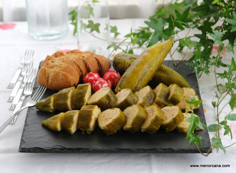 Pimientos verdes rellenos con tortilla de patatas